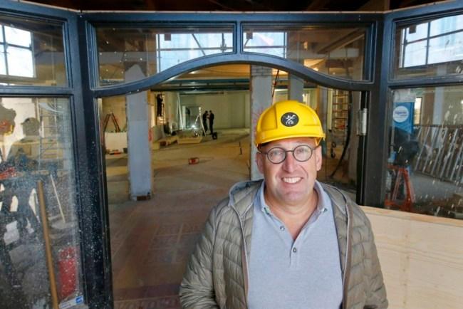 Ivan Louer als bouwheer bij de verbouwing van Igesz tot Marktstad (foto Marc Moussault)