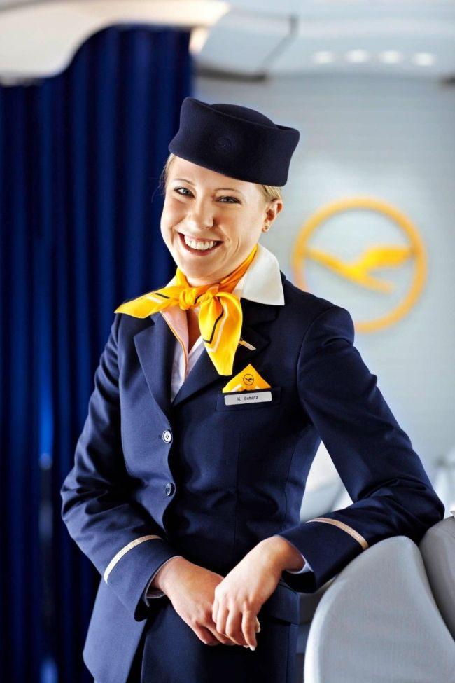 Lufthansa   Airline uniforms, Cabin crew, Uniform (foto Pinterst)