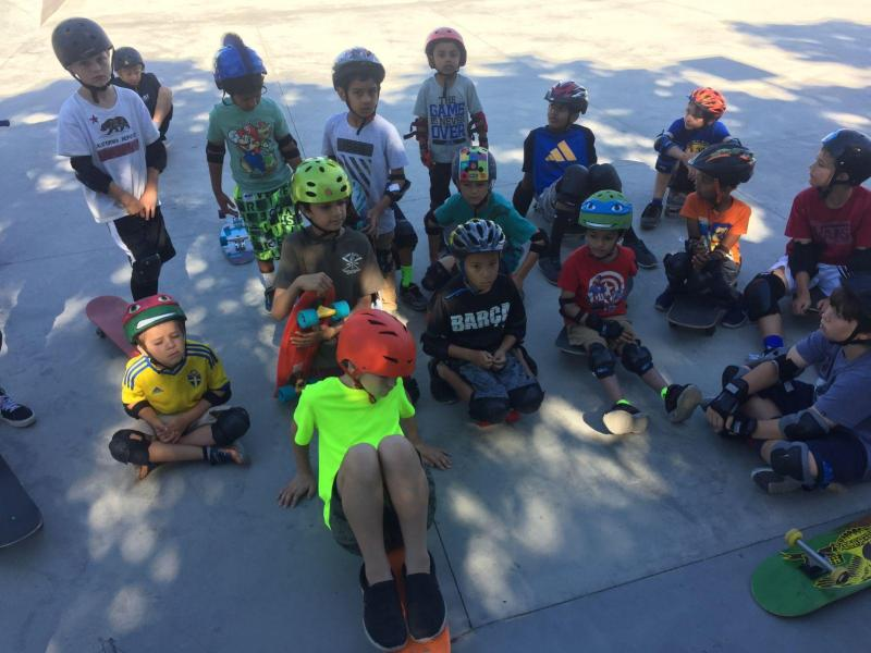 Elementary School kids at Rob Skate Academy