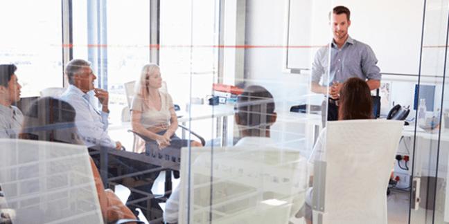 Infográfico: 7 dicas para fazer reuniões incríveis (+ planilha calculadora)