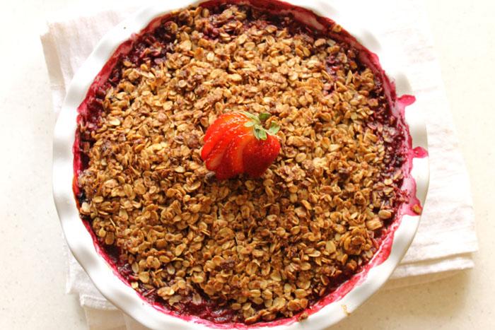 blueberry-strawberry-rhubarb-crisp1