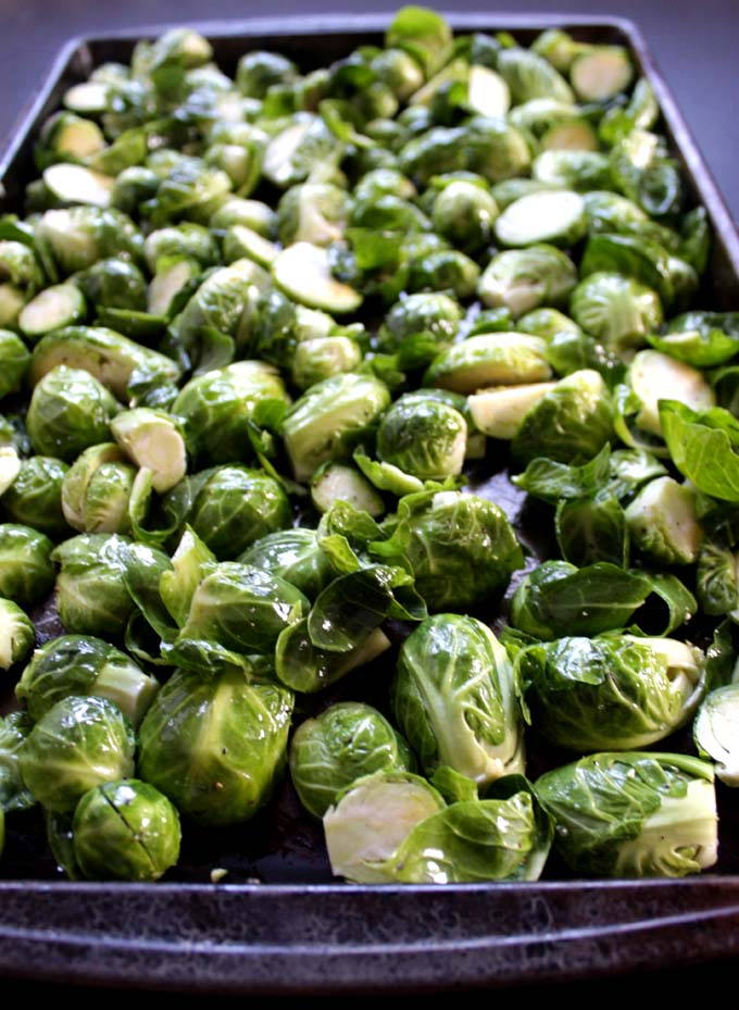 Roasted Brussels Sprouts with Pomegranate. Easy, Healthy. #Vegan #Glutenfree