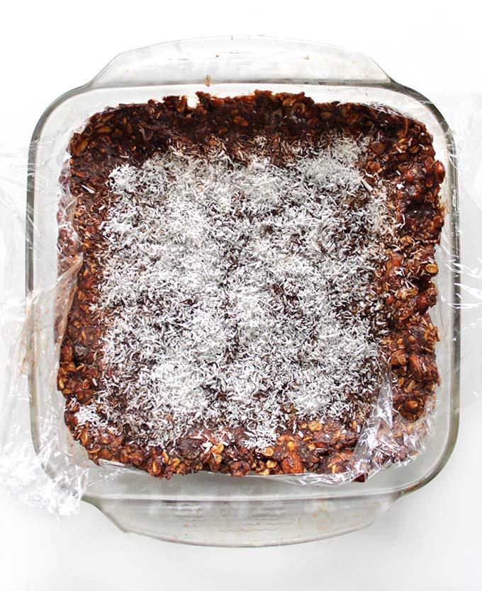 Almond Coconut Chocolate Chip Granola Bars. Easy. Satisfying. #RefinedSugarFree #GlutenFree #Vegan