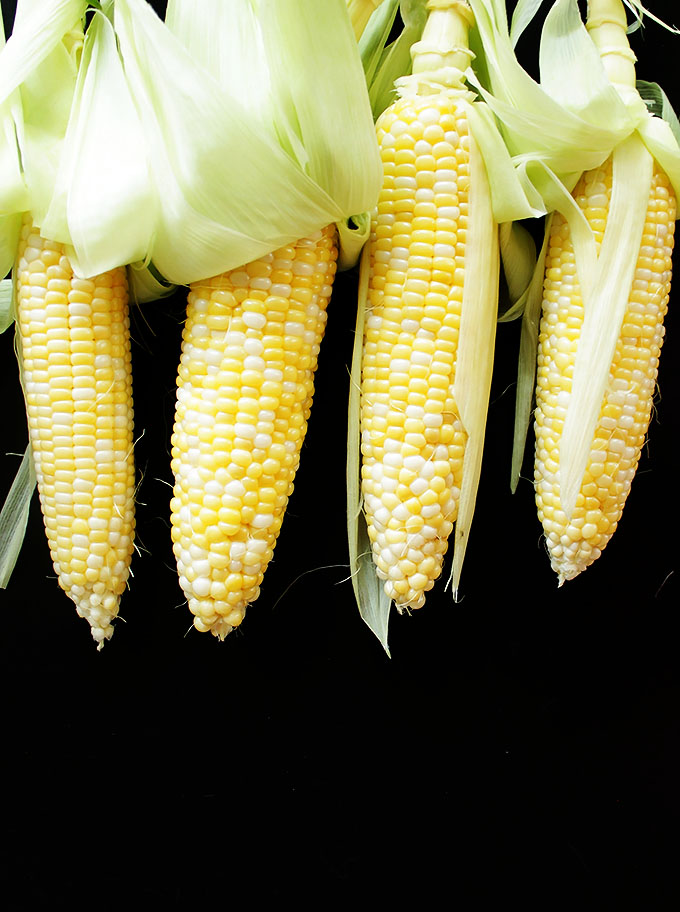 Beautiful Sweet Corn | robustrecipes.com