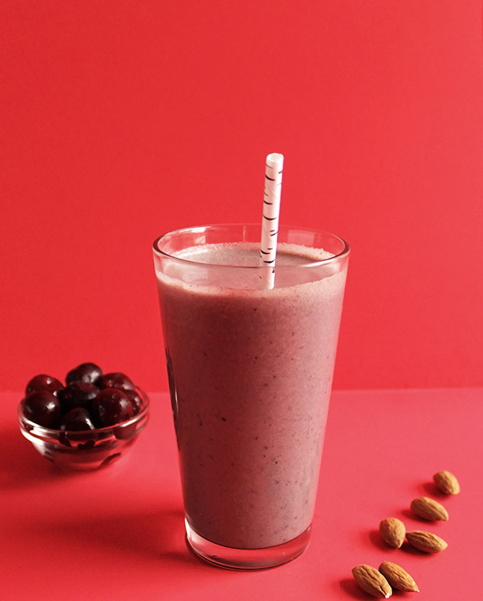 Cherry Almond Smoothie. So simple. delicious. easy and healthy!