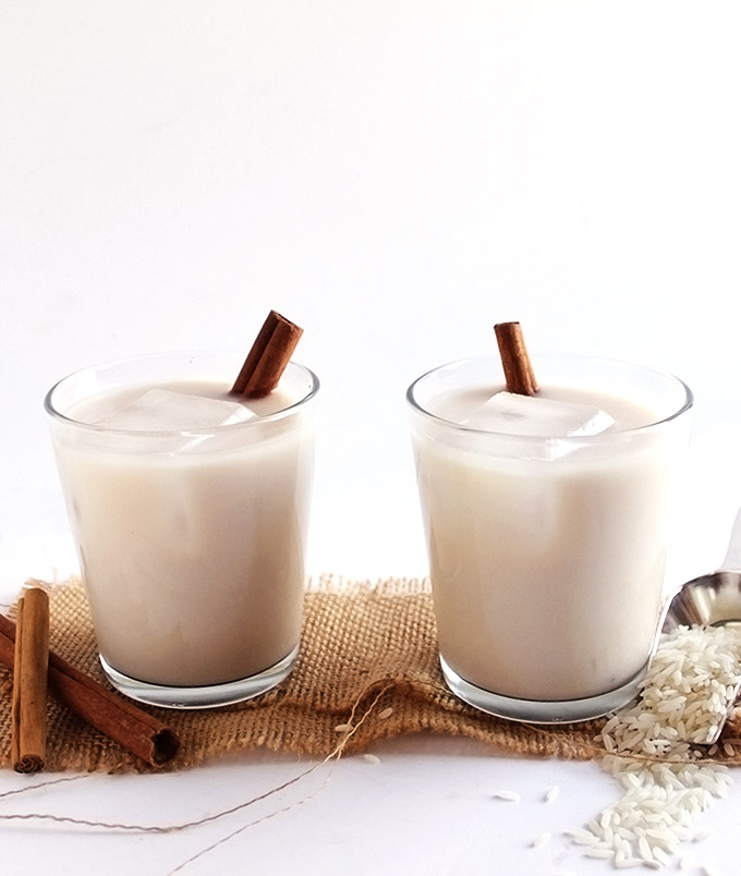 Naturally Sweetened Horchata - Creamy rice - almond cinnamon drink. Indulgent enough for dessert. Naturally sweetened with agave nectar. EASY to make! Vegan/Dairy Free/Gluten Free. | robustrecipes.com