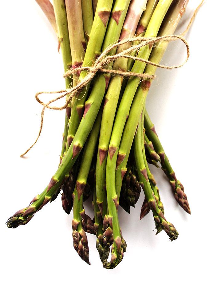 Asparagus for Easy Lemon Roasted Asparagus | robustrecipes.oom