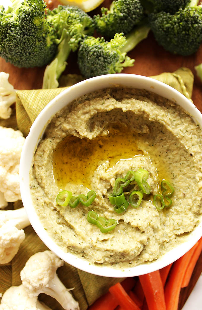 Ranch Hummus - Classic hummus meets the bold flavors of ranch. This recipe is so EASY and simple to make. It's the perfect addition to any veggie platter! Great for summer time parties! Vegan/Gluten Free.