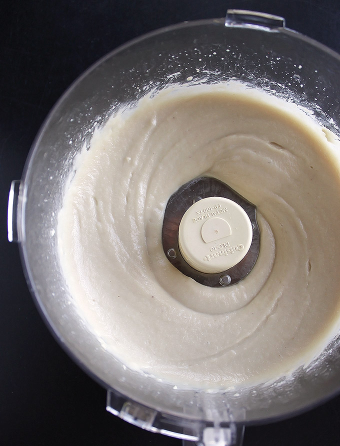 Vegan Cashew Frosting | robustrecipes.com