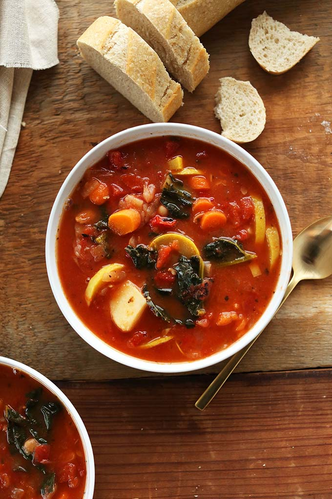 16 Gluten Free Soups for When You're Sick - Tomato and Vegetable White Bean Soup | robustrecipes.com