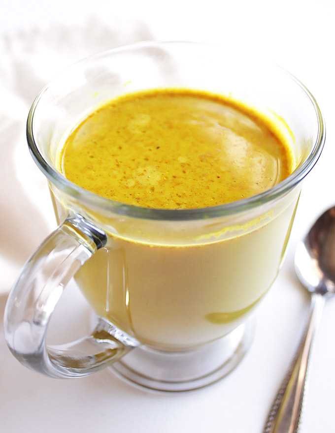 5 Minute Chai Spiced Golden Milk - Comforting, soothing, and warming. This recipe is packed with health benefits! Vegan/Gluten Free/Dairy Free | robustrecipes.com
