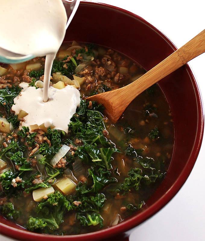 Diary Free Zuppa Toscana Soup - Gluten Free | robustrecipes.com