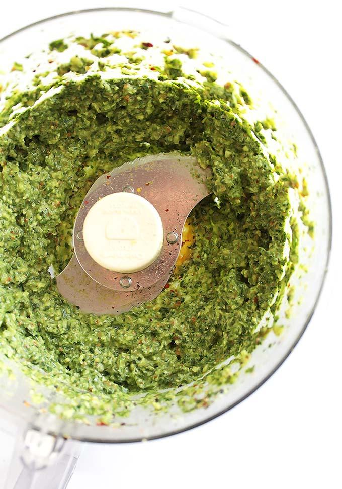 Arugula pesto for roasted Cauliflower Soup - Vegan/Gluten Free/ Dairy Free | robustrecipes.com