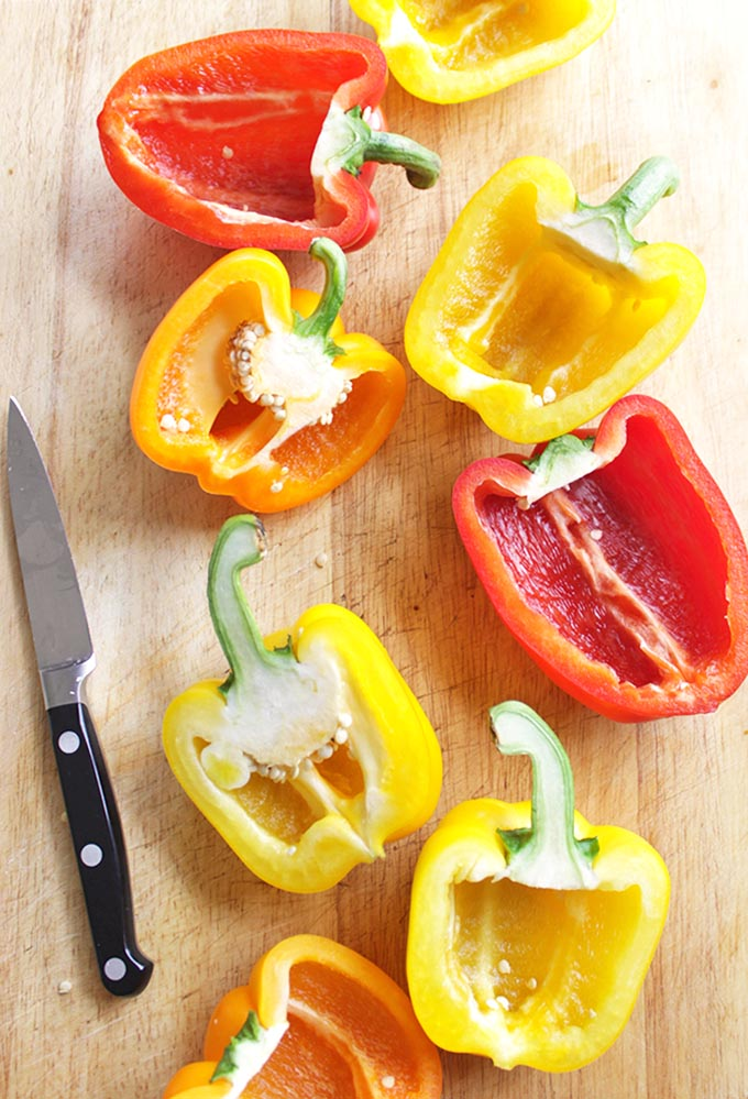35 Minute Pizza Stuffed Peppers | robustrecipes.com