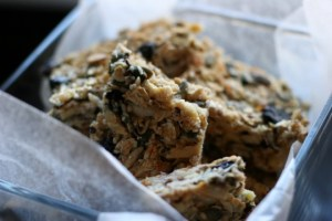 Nigella's breakfast bars photo Laura