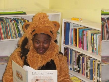 librarylion.jpg
