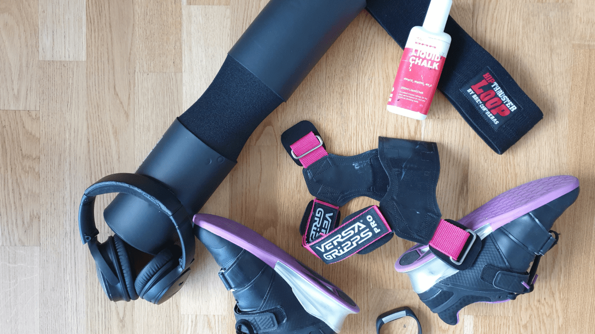 must have gym bag essentials