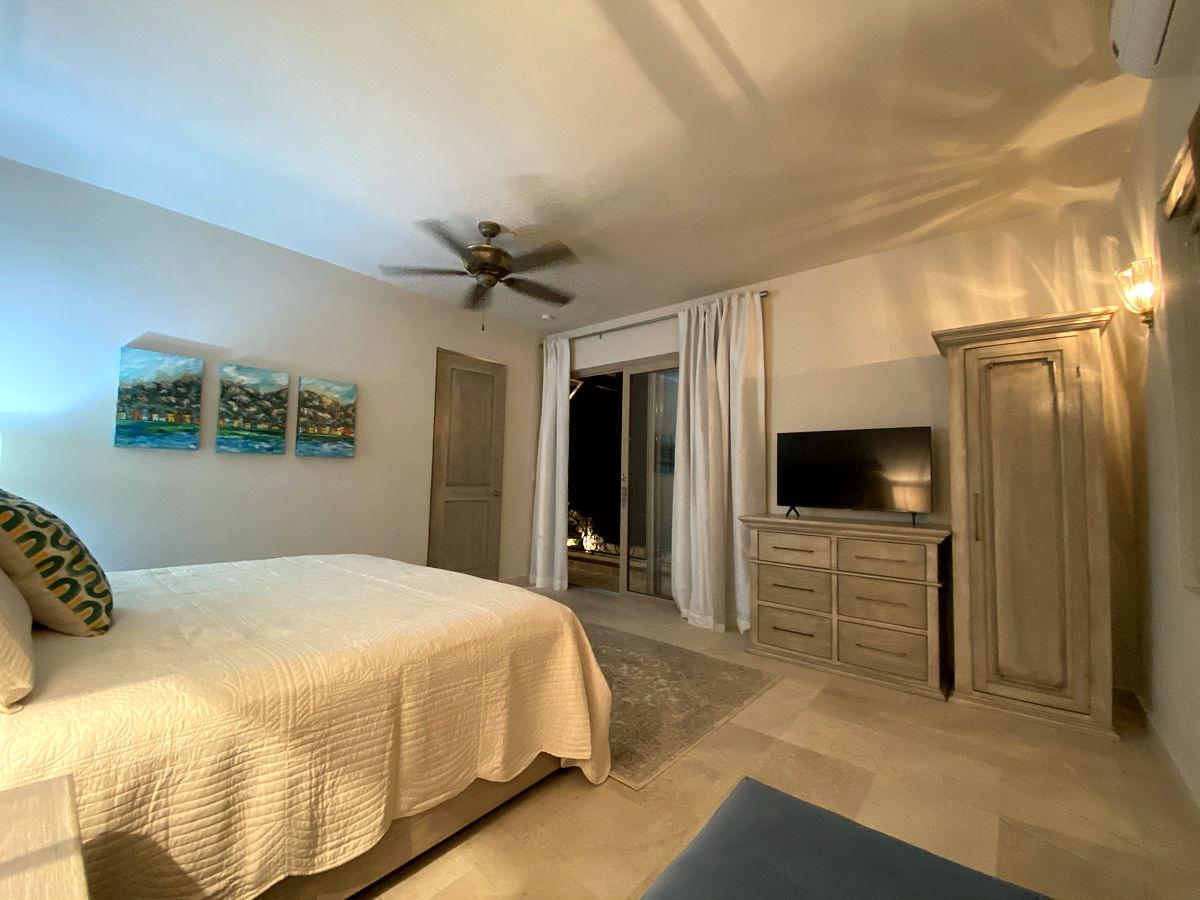 Hibiscus Room Bedroom