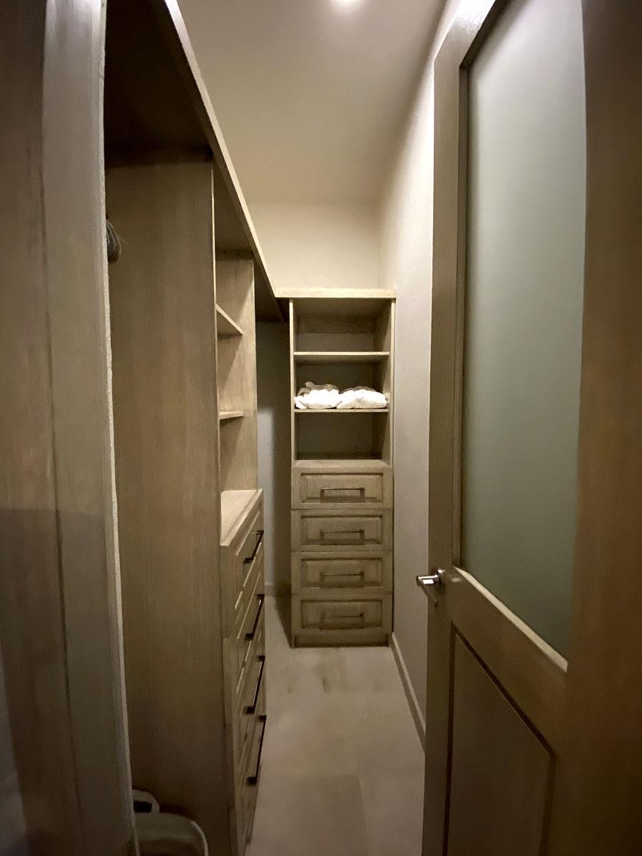 Plumeria Suite Closet