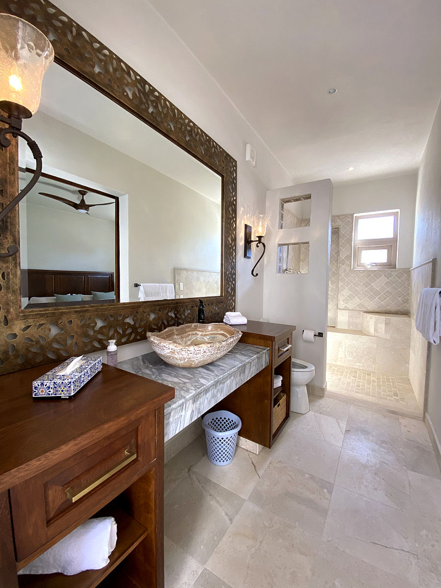Tamarind Room Bathroom