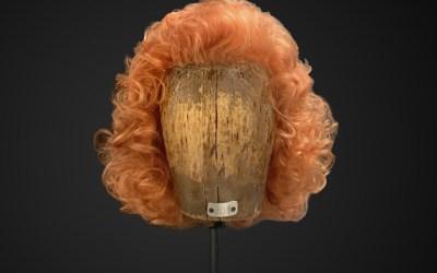 Parrucca riccia stile anni 70
