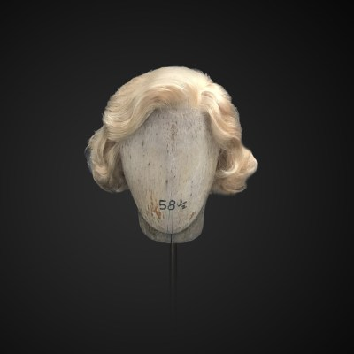 Parrucca bionda stile anni '50