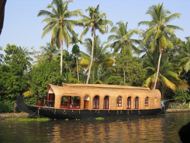 Houseboat_6882