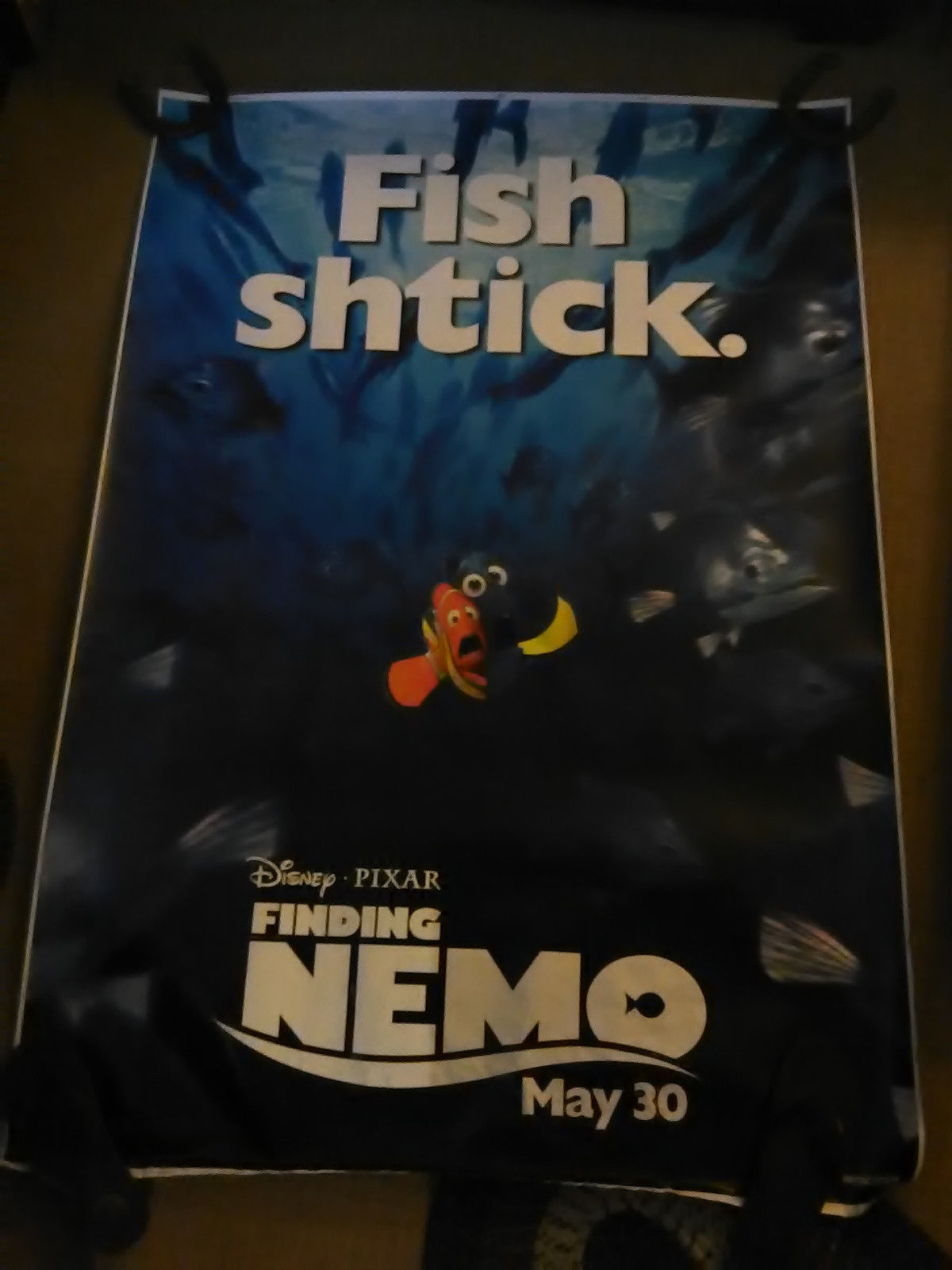 finding nemo bus shelter
