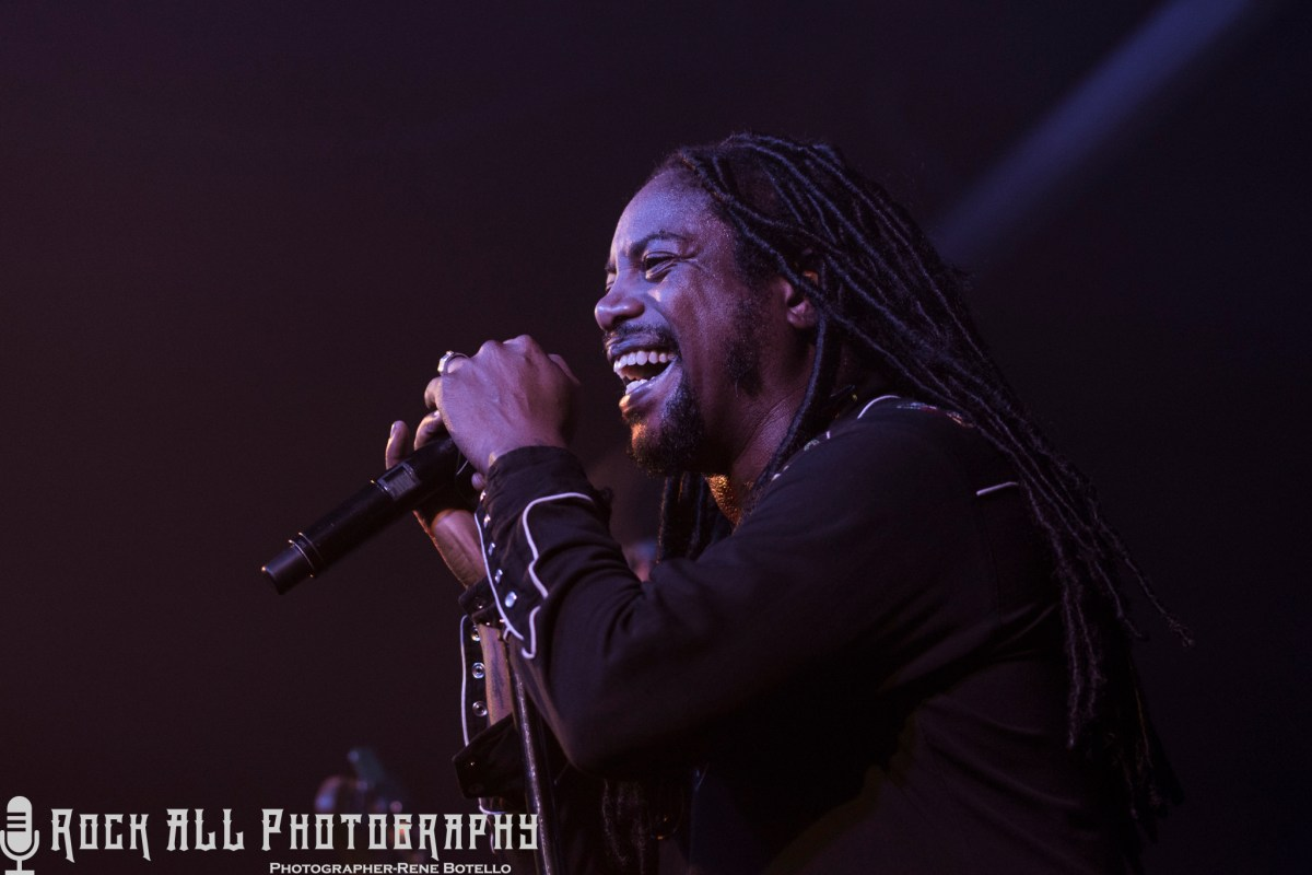 Sevendust in San Antonio! Photo's and Show Review here!