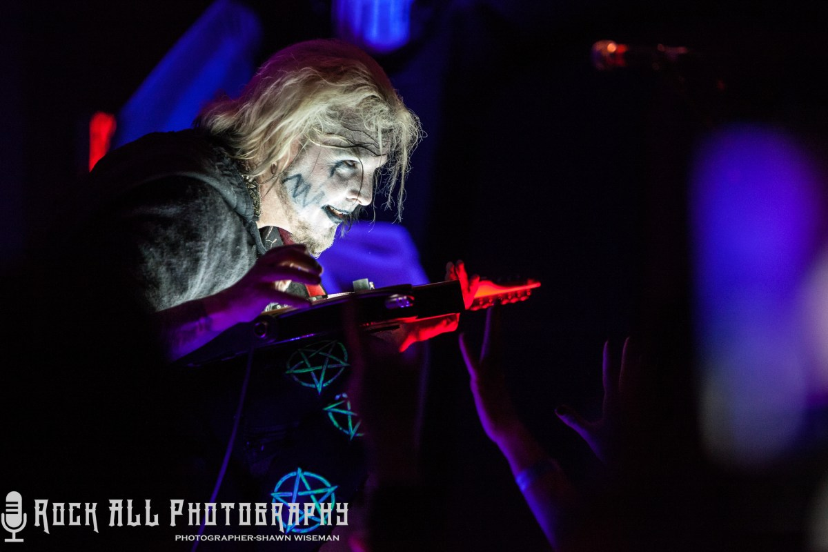 John 5 and The Creatures brought an AMAZING show to the Southgate House Revival in Newport, KY - Show Review and Photo's!