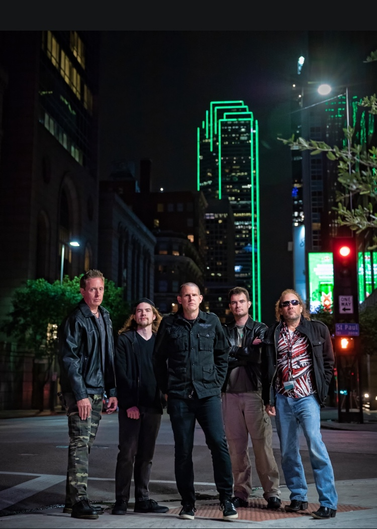 "INTERVIEW - With a Melodic Metal/Hard Rock Sound ""Roaring Truth"" is Hoping to Lead the New Wave!"