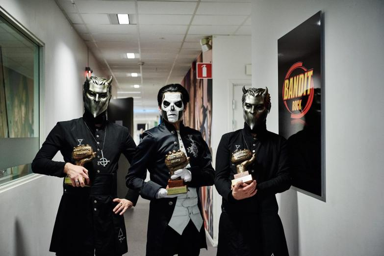 Ghost-Wins-3-Bandit-Rock-Awards