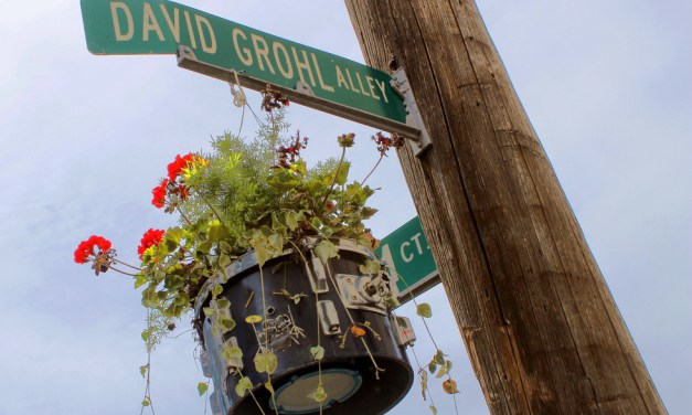 David Grohl Alley Located In His Hometown of Warren Ohio