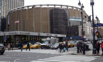 Madison Square Garden – The Song Remains The Same Filmed Here