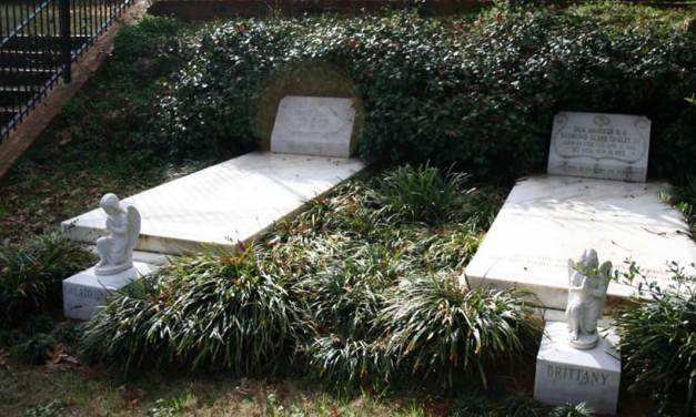 """Buried Here – Gregg Allman, Duane Allman, Berry Oakley Of The """"Allman Brothers Band"""""""