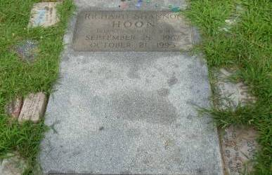 "Buried Here – Shannon Hoon, Lead Singer Of ""Blind Melon"""