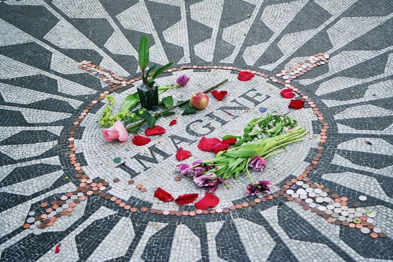 Strawberry Fields - Dedicated To The Memory Of John Lennon