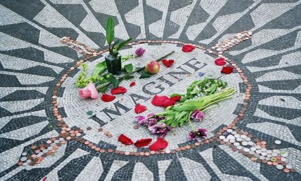 Strawberry Fields – Dedicated To The Memory Of John Lennon