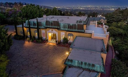 Elvis Presley Home In Bel Air Where He Partied With The Beatles