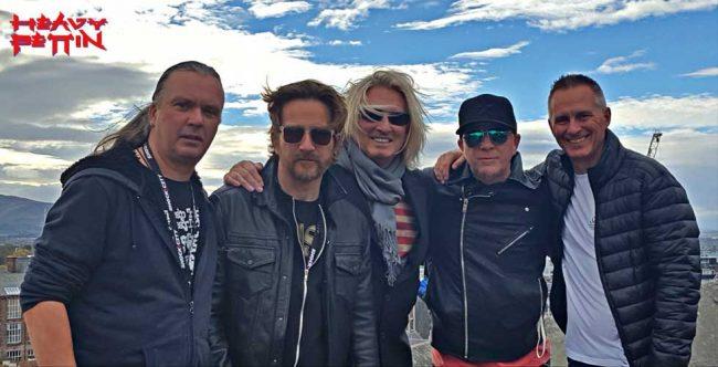 HEAVY PETTIN' - Nuevo álbum y gira