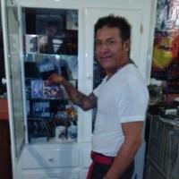 [gallery] Toño Lira en el Rockanrolario. www.rocka…