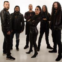 Voz femenina hace justicia al sonido de la banda Kraken
