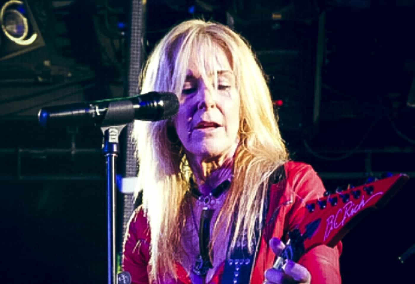 Lita Ford Horizontal-1
