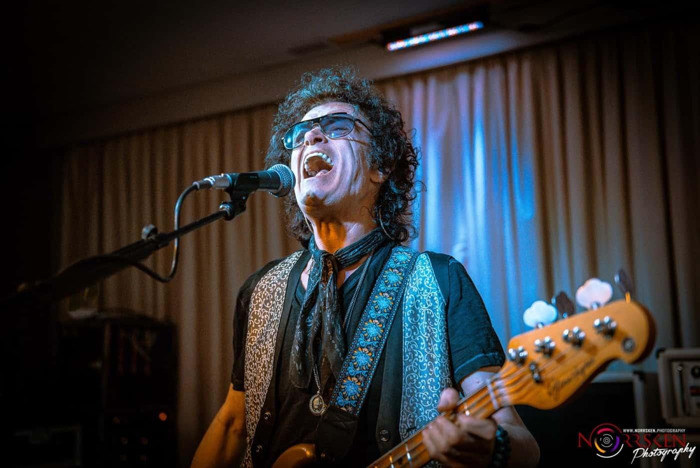 Glenn Hughes. Photo by Joel Barrios