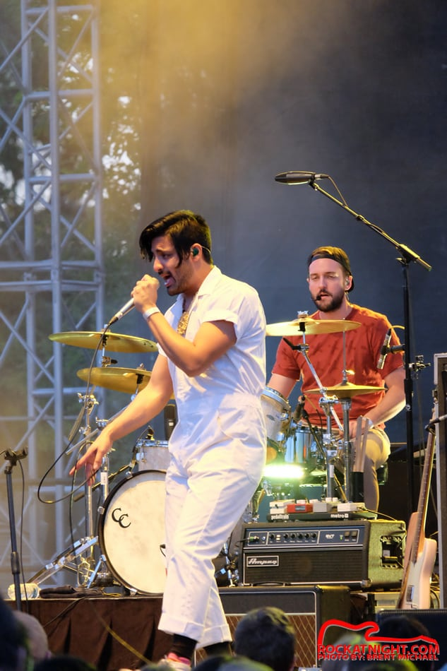 0143 Young the Giant – Busch Gardens 3-18-2017_950