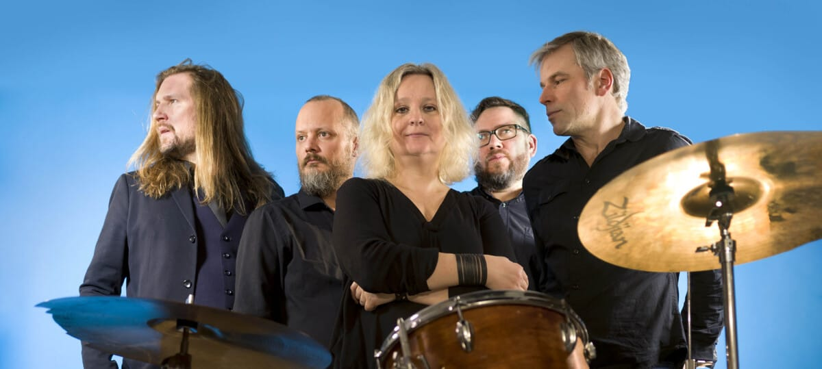 IN DEED L-R Jens Siilakka (bass guitar), Johan Helander (guitarkeyboard), Linda Karlsberg (lead vocals), Marcus Segersvärd (drums), Richard Öhrn (guitar) – Photo credit Göran Ekeberg