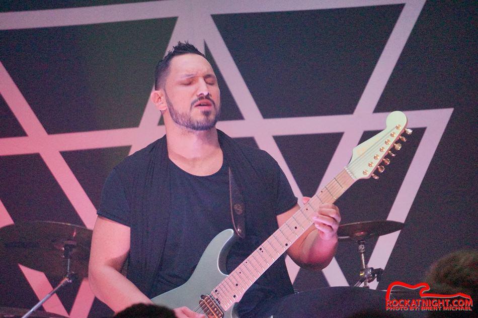 sm- 3213 Crowbar 12-18-2018 – Angel Vivaldi