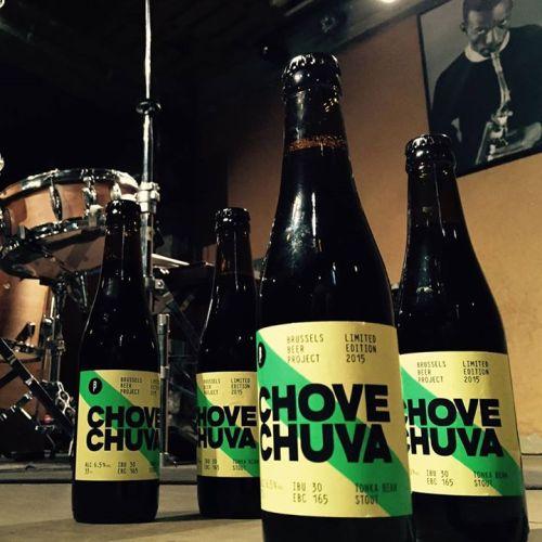 Chove Chuva (Estilo: Stout / ABV: 6,5% / Cervejaria: Brussels Beer Project / País: Bélgica)