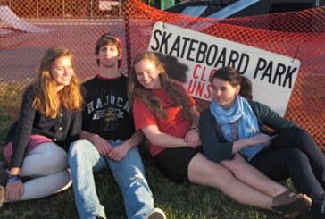 Skateboarders unite to renovate Lexington skate park