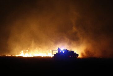 Deadly wildfires rage across West and Midwest